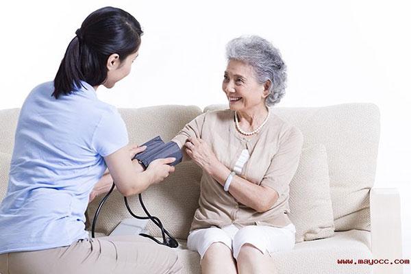 健康一体机血压检测保基本强基层建机制